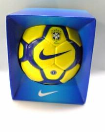 NIKE miniボール ブラジル